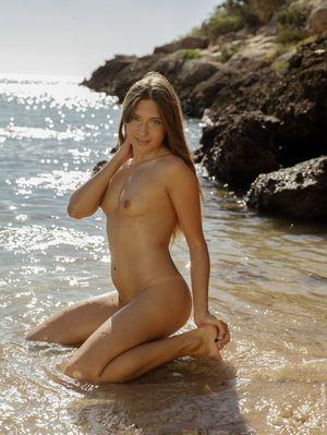 Meet Talia Mint