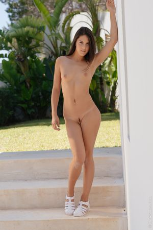 Meet Carolina Abril